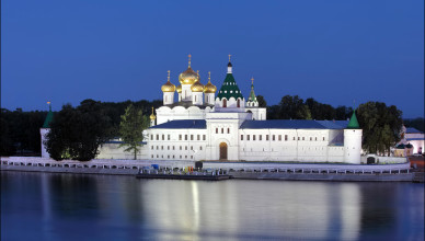 ipatievsky-monastery-kostroma-russia-1 - Copy
