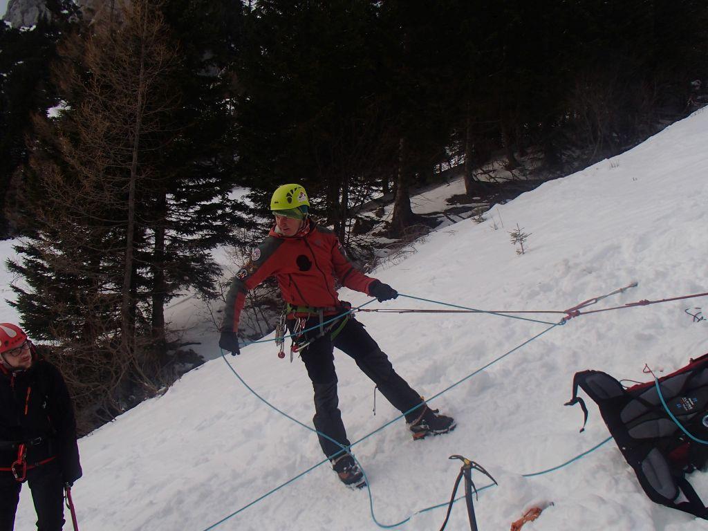 Tečaj penjanja - učenje upotrebe tehničke opreme za penjanje